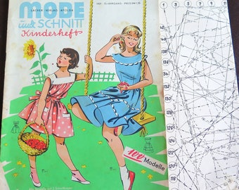 Fashion magazine from 1950 with sewing pattern - Bavarian Style