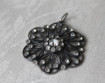 Vintage silver pendant with rhinestones