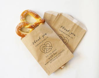 Wedding Pretzel Bags, Hot Pretzel Sacks, Wedding Snack Bags, Bakery Bags, Wedding Favor - Personalized - Lined, Grease Resistant