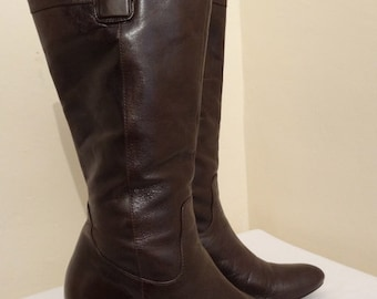 Vintage 'Jones The Bootmaker' Knee Boots - UK Size 6.5 -  Lovely!!