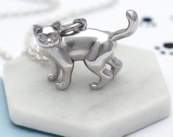 Personalised Sterling Silver Cat Necklace (HBN207 / M057)