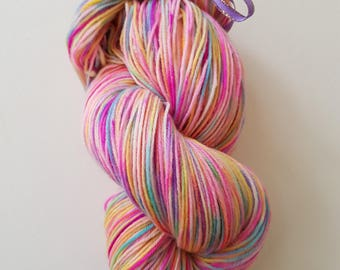 ALICE. the brush-dyed wool skein