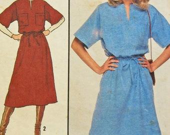 1978 Vintage Dress Pattern Simplicity #8572 Cut Complete Misses' Dress
