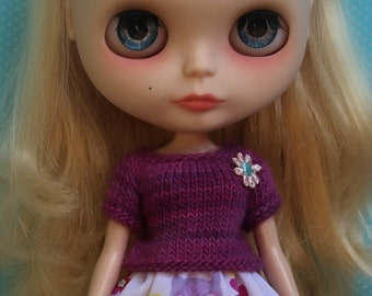 PATTERN - Simple, almost seamless, knitted sweater for Blythe dolls INSTANT DOWNLOAD