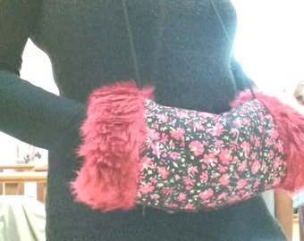 Faux fur muff and its heating pad with organic flax seeds, Russian sleeve faux fur, heated and its sleeve
