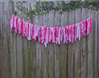 Valentine Garland, Valentine Party Decor, Mantel Decoration