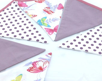 Garland of 6 pennants in printed fabrics.
