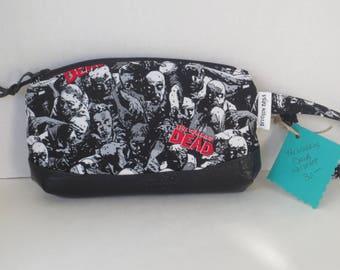 Sale - The Walking dead - Clematis Wristlet - Walking Dead Wristlet - Clutch