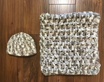 Soft Car Seat Blanket with Matching Hat