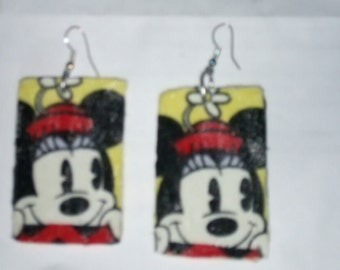 Small mickey mouse earrings