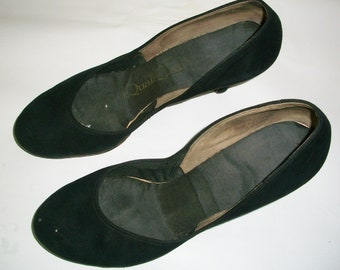 Vintage Late 1940's Early 1950's Black Suede Shoes