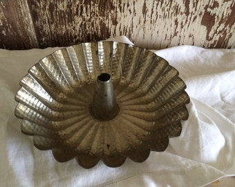 Vintage Fluted Hammered  Tin Cake Pan