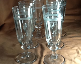 Set of 6 Vintage champagne/ Wine Glasses, made with Etched glasses