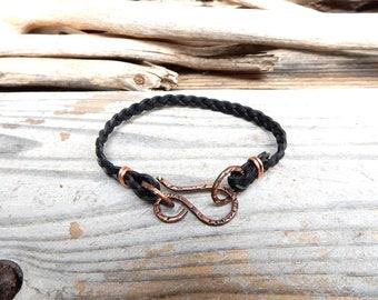 Black Braided Leather Bracelet Simple Leather Band Handmade Copper Clasp Bracelet Minimalist Jewelry Boho Gift Jewelry Made in Japan