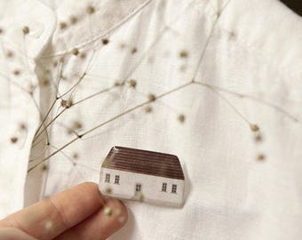 little house brooch 'light family house' / house brooch, pin brooch, house pin, village house pin, scandinavian house
