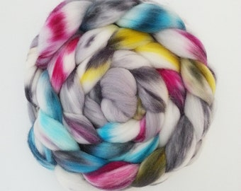 "Hand Dyed Eco Sock Blend Roving--4 oz 80/20 Organic Merino/Nylon Hand Dyed Combed Top, ""Amho"""