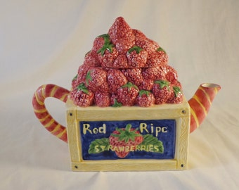 Teapot ~  Bushel of Strawberries, Red Ripe, Crate-filled, 1994, Cardinal