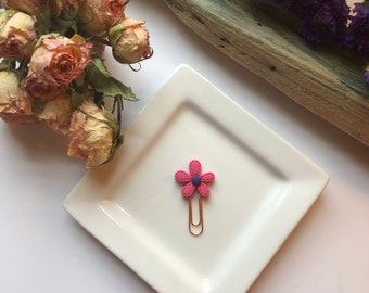 Maroon flower clip