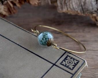 Teal blue moss terrarium bracelet, Dried moss jewelry, Glass orb bangle, True nature bracelet, Forest plant bangle, Boho botanical jewelry