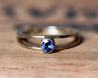 Sapphire engagement ring, gold sapphire ring, modern engagement ring, alternative engagement ring, saphire ring, modern gold Wishes, custom