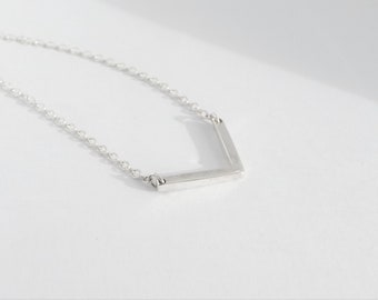 Silver Necklace. Sterling Silver. Bar Necklace. Dainty necklace. Sterling Silver Chain.  Bridesmaid gift. Minimalist. Handmade. Gift box