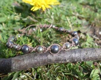 "Bracelet ""stimulating body"" pyrite and hematite beads"
