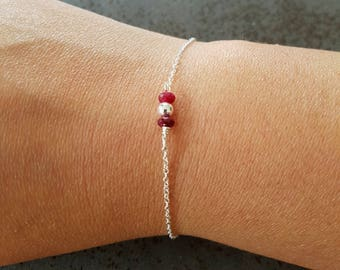 CHIC - Silver Bracelet with Ruby gemstones and silver beads