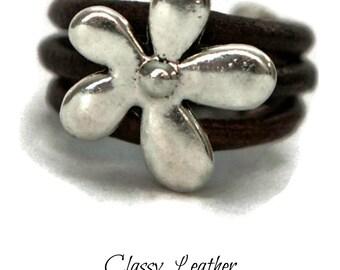 Flower ring, leather ring, women ring, boho ring, bohemian ring, Women Leather ring with flower charm, feminine ring, unique ring