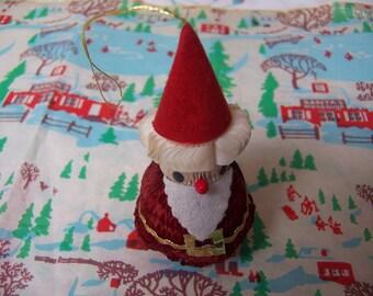 little honeycomb santa ornament