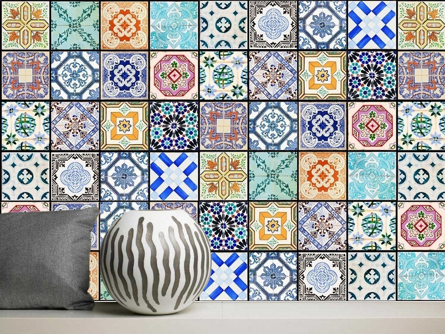 Laminated vinyl stickers tiles of the houses of lisbon for Fliesen portugal