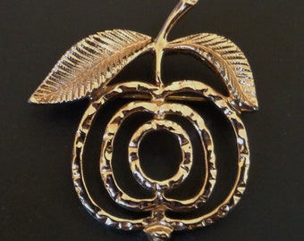 Sarah Coventry Gold Tone Saucy Apple Brooch - Vintage - 1972