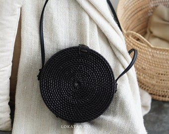 Black Plain Handwoven Round Rattan Beach Bag Bali - Natural Ata Grass Shoulder Bag With Round Pattern