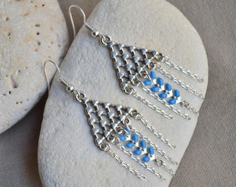 Earrings with blue ear and triangular connector chain