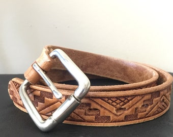 "Small 28"" Vintage Fred Harvey Belt - Skinny 1"" Southwestern Native American Fashion / Aztec Geometric - Natural Leather Color"
