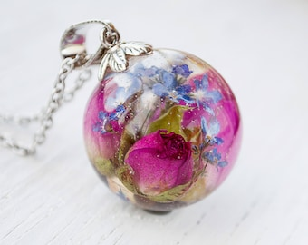 Real rose necklace Resin jewelry Forget me not necklace Terrarium jewelry Resin flower necklace Botanical resin necklace Nature Jewelry