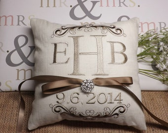Ring bearer Pillow, monogram ring bearer pillow, ring pillow, wedding pillow, custom pillow, custom,