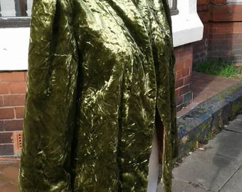 SALE Beautiful 1950s 60s olive green velvet jacket fully lined