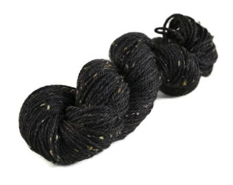 Superwash Merino, Aran weight yarn, hand dyed, Donegal Tweed Yarn, 85/15 Superwash Merino/Nep, black, Aran Tweed yarn - Onyx
