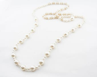 Vintage Long Single Strand Pearly Beaded Necklace