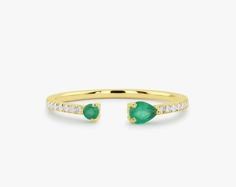 Emerald and Diamond Ring / 14K Gold Pear Shape Emerald and Round Diamond Ring/ Contemporary Open Ring Design/ Dainty Emerald Ring
