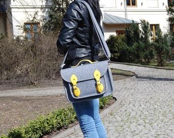 Felt  satchel, Laptop bag, sleeve, Casual bag, Shoulder bag, messenger bag, ladies bag, woman handbag, felt crosbody bag, handmade bag,
