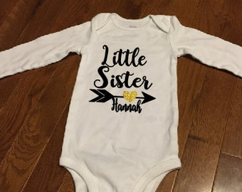 Little sister bodysuit, little brother bodysuit, sibling bodysuit, Sister shirt, Brother shirt, new baby outfit. gender reveal