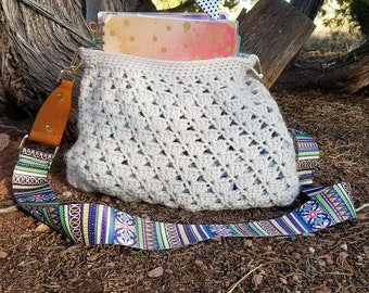 Crossbody Hobo Bag with Fabric Lining, Crocheted Hobo Bag, Crossbody Purse, Crocheted Purse, Handmade Purse, Custom Purse