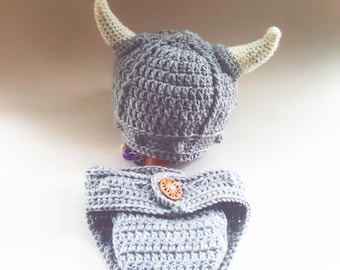 Baby viking hat and diaper cover, newborn viking photo prop set,crochet viking hat and nappy cover, baby viking helmet.