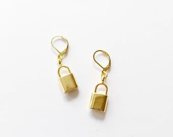 Lovers Lock Earrings // gold locket earrings