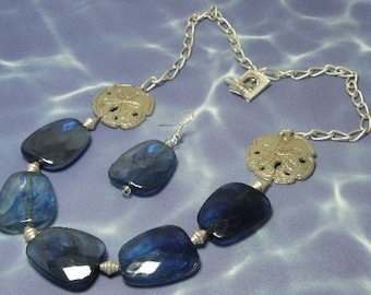 Ocean Treasure Necklace Set