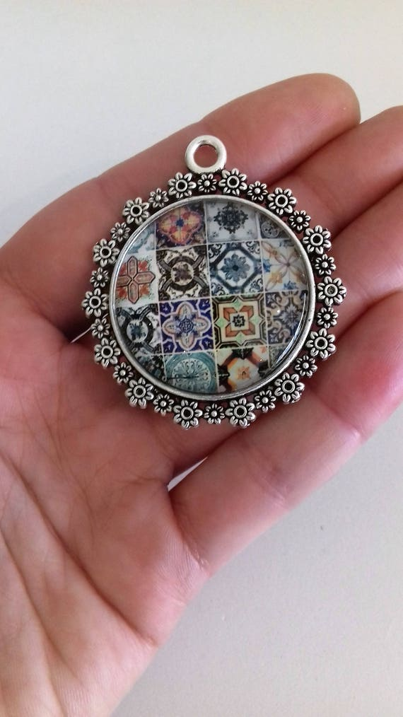 Round glass tile pendant azulejo kaleidoscope pendant mandala round glass tile pendant azulejo kaleidoscope pendant mandala pendant portuguese tile like pendants talavera jewellery necklace portugal from royalcraftpt aloadofball Image collections