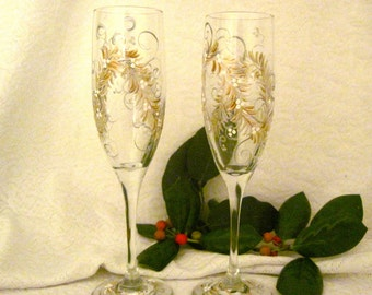 Free shipping Gold and silver hand painted champagne flutes for anniversaries weddings gifts and fun
