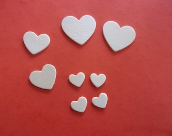 Set of 3 different sizes wooden 8 hearts