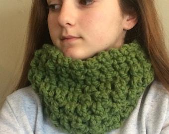 Wool cowl scarf